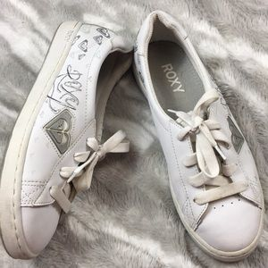 Roxy white leather sneakers size 9